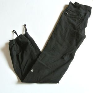 LULULEMON relaxed fit pant 8
